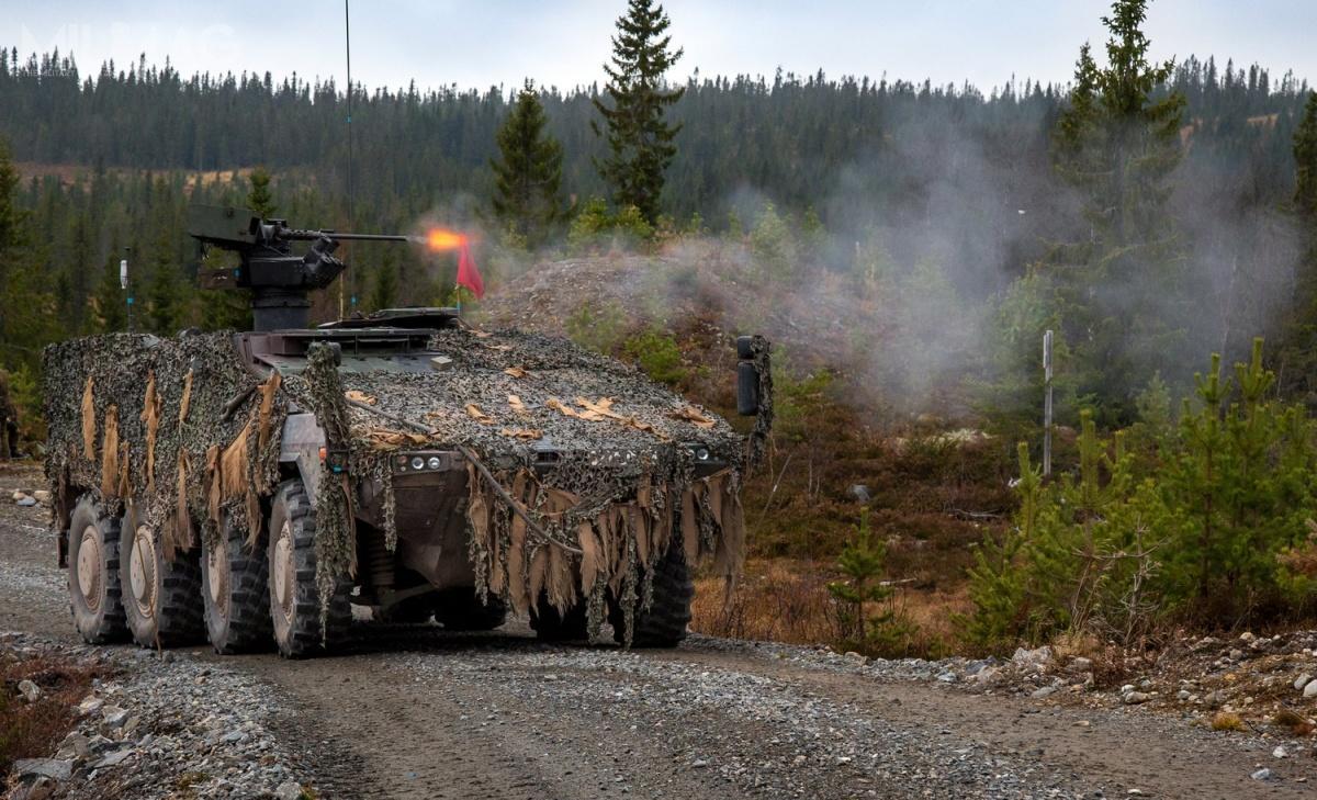 Do 2021 wniemieckie wojska lądowe Heer będą miały 403 wozy GTK Boxer. Oprócz Australii iLitwy, pozostali użytkownicy tych pojazdów, czyli Holandia, Wielka Brytania iSłowenia niezdecydowali się namontaż nanich uzbrojenia artyleryjskiego / Zdjęcia: Bundeswehra