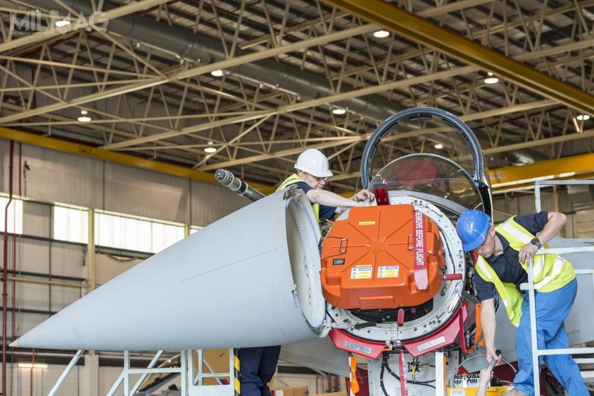 Captor E-Scan został opracowany przezspółkę joint venture Euroradar, złożoną zespółek Salex ES (obecnie Leonardo), Thales iEADS (obecnie Airbus  Defence and Space). Montażem stacji zajmuje się Hensoldt, natomiast integracją zsamolotami BAE Systems. Pozostałe podmioty dostarczają podzespoły / Grafika izdjęcie: Hensoldt