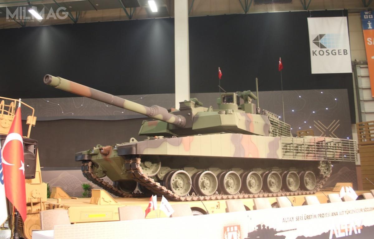 Czołg zbudowany przezBMC wwersji T.1 jest napędzany silnikiem wysokoprężnym MTU Friedrichshafen MT 883 Ka 501 omocy 1500 KM, które dostarczy spółka Sakarya. Czterdzieści pojazdów trafi dotureckich wojsk lądowych pomiędzy majem 2020 alutym 2022 / Zdjęcie: Michał Jarocki
