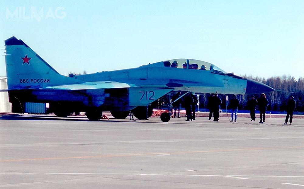 Podczas wizyty wRosji, azerscy piloci mieli okazję wykonać lot zapoznawczy nasamolotach wielozadaniowych MiG-35. Jest tokonstrukcja wywodząca się zMiG-29, wykorzystywanych przezwojska lotnicze iobrony powietrznej Azerbejdżanu
