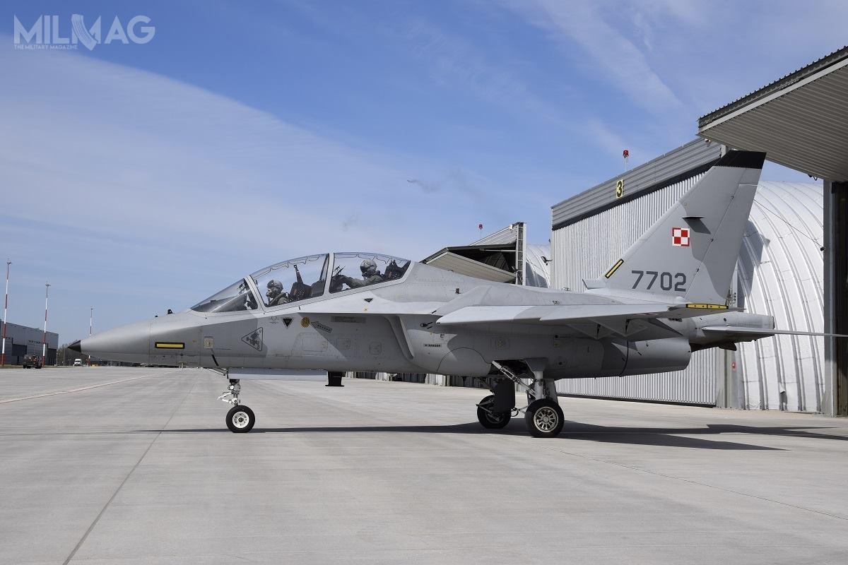 Po pomyślnym zakończeniu szkolenia wlistopadzie 2019, podchorążowie Lotniczej Akademii Wojskowej będą mogli rozpocząć szkolenia nadwumiejscowych F-16D