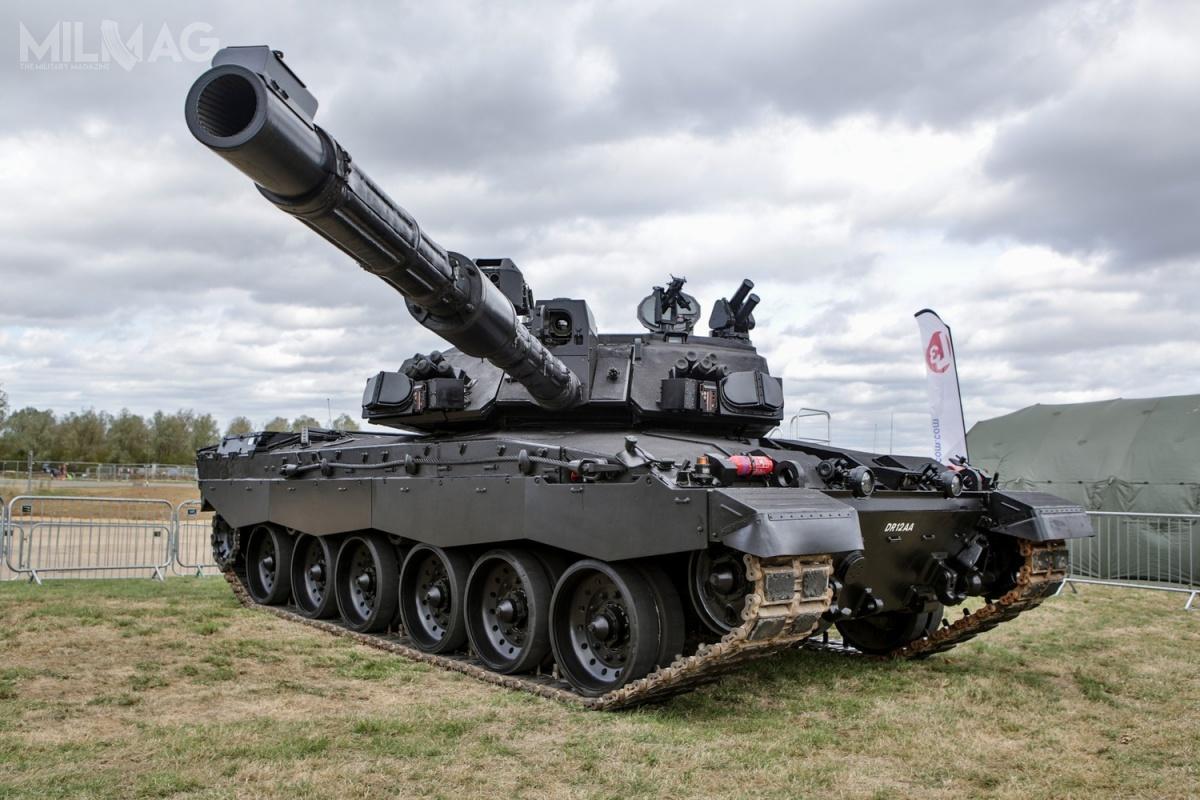 Demonstrator technologii Black Night powstał zmyślą oprogramie Life Extension Project (LEP), któryma nacelu modernizację wszystkich wszystkich czołgów British Army dostandardu Challenger 2Mk2