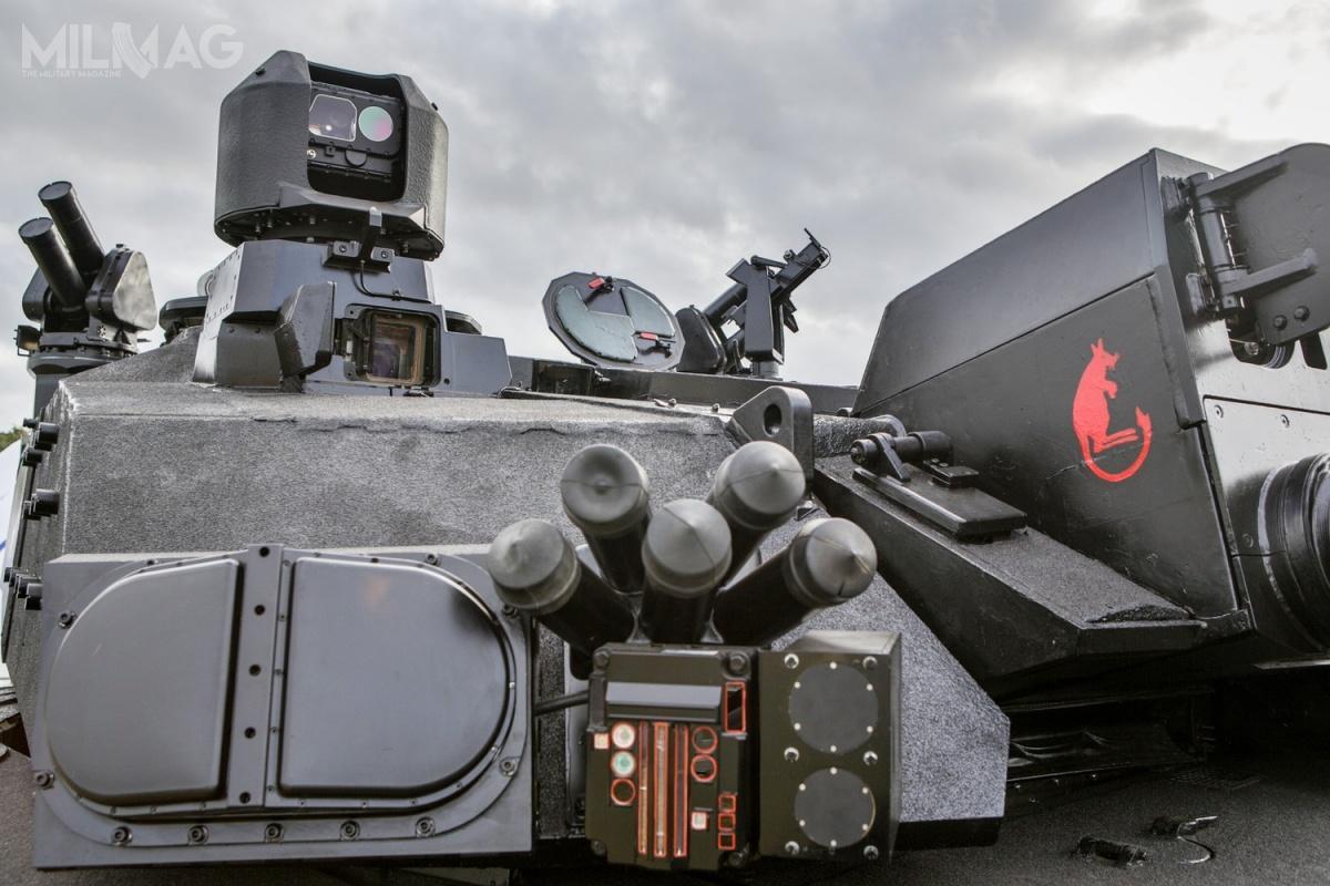 Czołg został wyposażony waktywny systemu ochrony pojazdów pozawalący naneutralizację kierowanych pocisków przeciwpancernych igranatników przeciwpancernych.