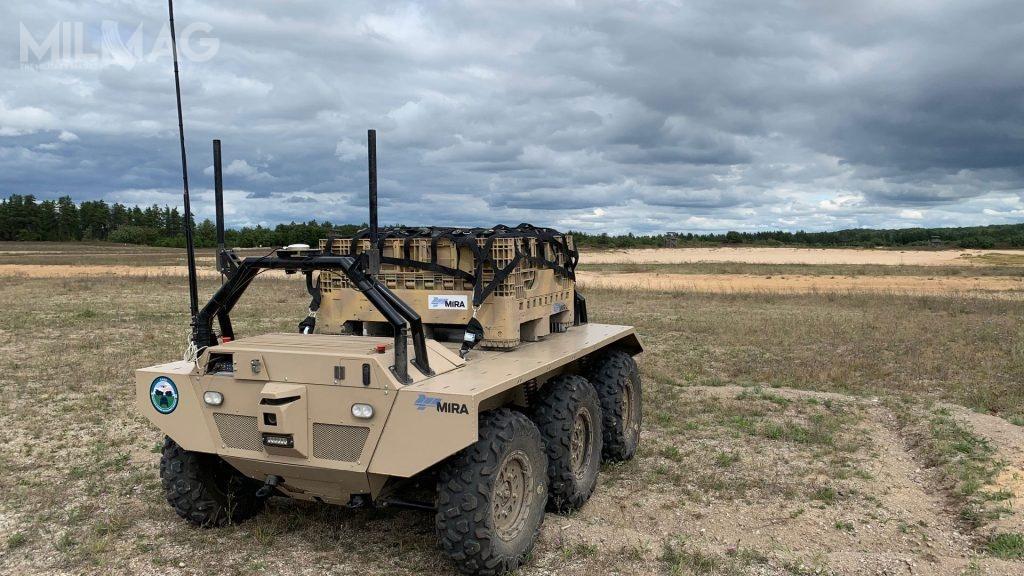 Sześciokołowy Viking jest wstanie przetransportować do750 kg ładunku napierwszą linię ognia, wykorzystując  sztuczną inteligencję wspieraną nawigacją inercyjną, wśrodowisku silnych zakłóceń sygnału GPS / Zdjęcie:  HORIBA MIRA