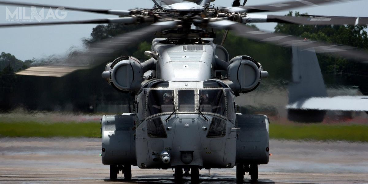 Pierwszy prototyp CH-53K King Stallion, oznaczony jako EDM-1, został zaprezentowany 4maja 2014 ioblatany 27 października 2015 / Zdjęcie: USMC
