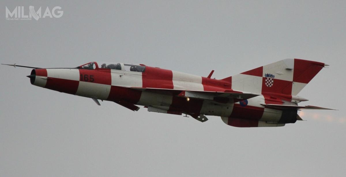 Chorwaci zamierzają izraelskimi samolotami zastąpić 12 przestarzałych jednomiejscowych MiG-21bis idwumiejscowych MiG-21UMD / Zdjęcie: Jerry Gunner