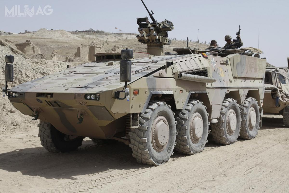 Kołowe transportery piechoty GTK Boxer, także wwariantach bojowych wozów piechoty iinnych wariantów specjalistycznych, trafiły nawyposażenie sił zbrojnych Niemiec, Niderlandów, Litwy iAustralii, awdalszej kolejności trafią doWielkiej Brytanii iSłowenii / Zdjęcie: KMW