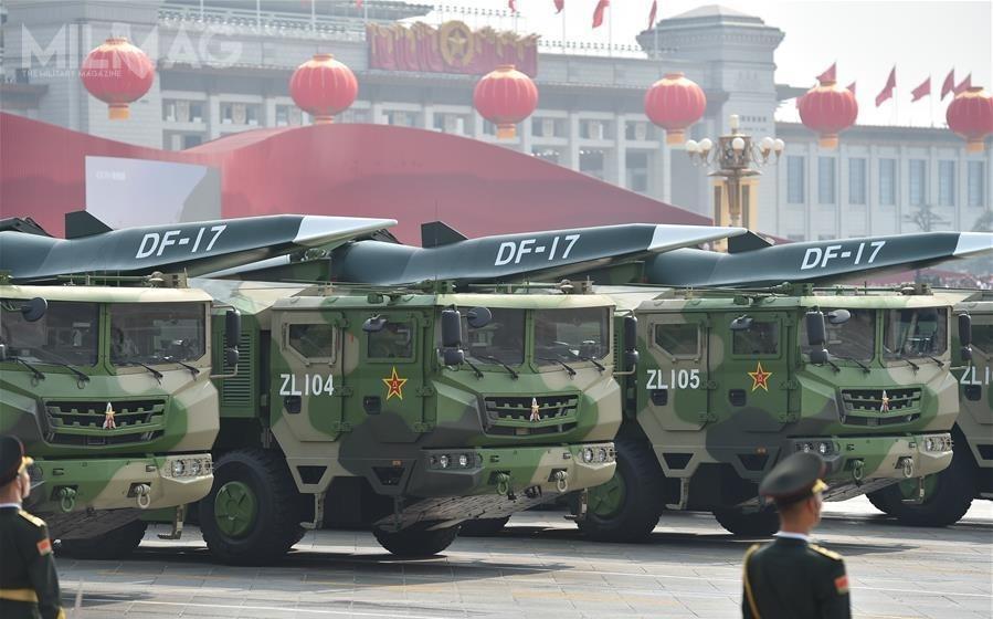 Po raz pierwszy publicznie wPekinie zaprezentowano hipersoniczne pociski szybujące Wu-14/DF-ZF, przenoszone przezpociski balistyczne DF-17