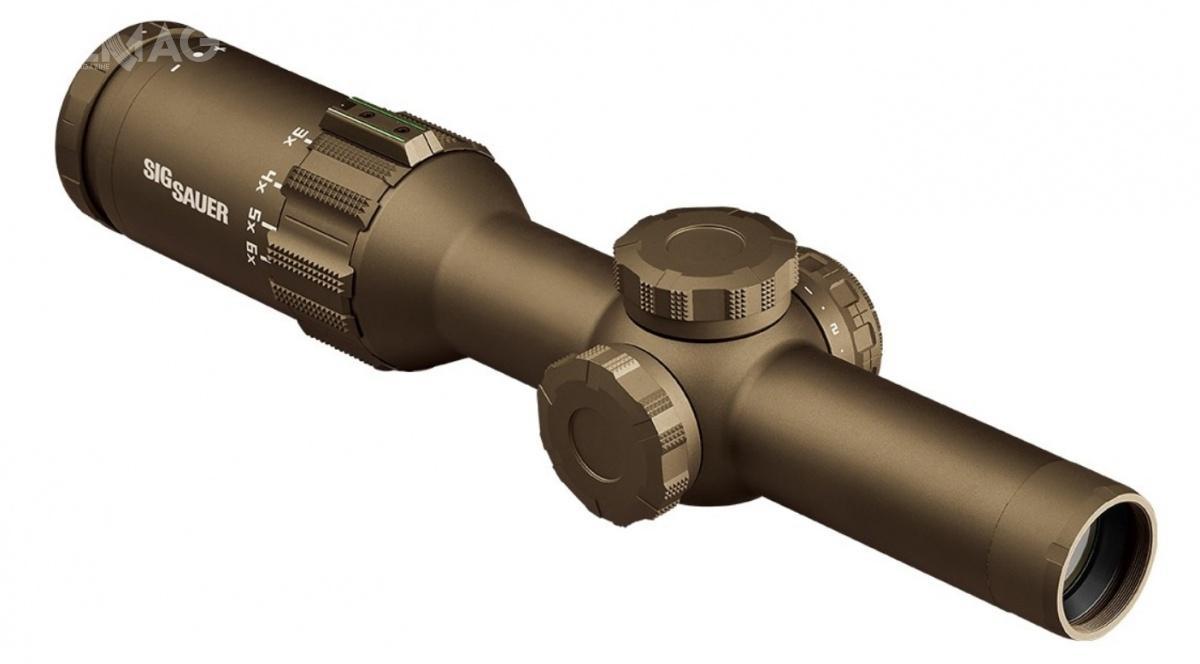 Amerykańskie wojska lądowe wybrały dostawcę przyszłego celownika optycznego ozmiennym powiększeniu 1-6x. Ma tobyć przyszłe podstawowe wyposażenie części karabinków M4A1 US Army. Taka optyka ma podobne parametry domyśliwskiej lunety dopędzeń./ Zdjęcie: SIG Sauer