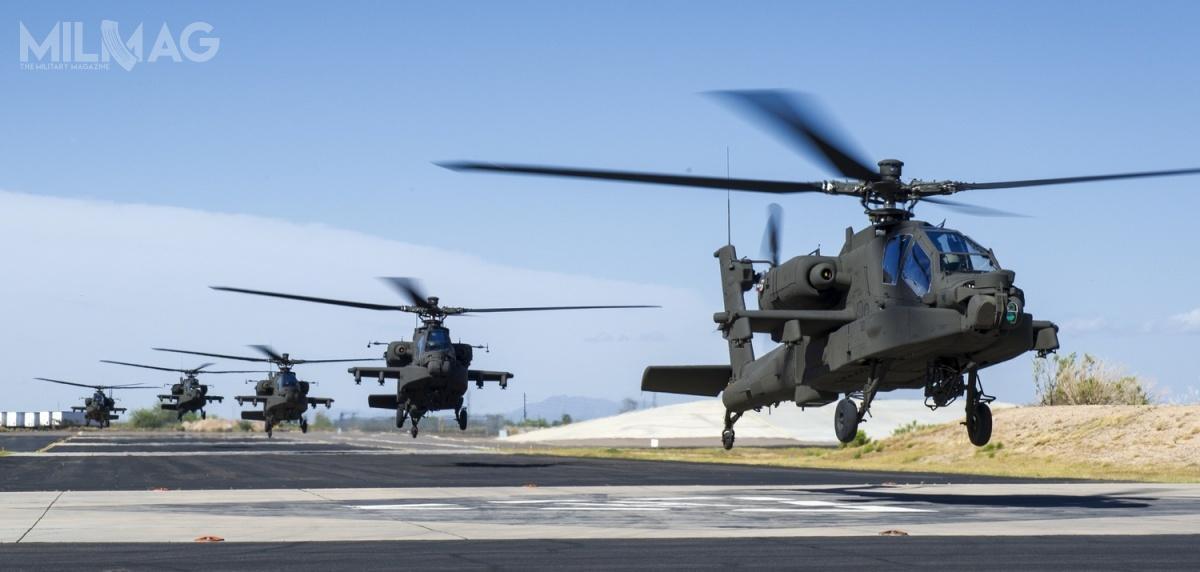 AH-64 debiutowały podczas interwencji wojskowej USA wPanamie w1989, anastępnie brały udział wIwojnie wZatoce Perskiej. Następnie US Army wykorzystywała je podczas konfliktów wBośni iHercegowinie, Kosowie, Iraku iAfganistanie. Izrael wykorzystał swoje wiropłaty wLibanie iStrefie Gazy, aWielka Brytania iNiderlandy wAfganistanie, Iraku czyobecnie wMali / Zdjęcie: US Army