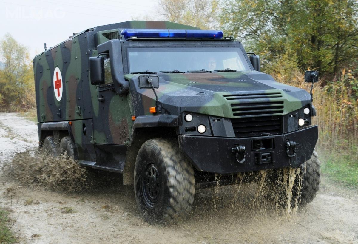 Dopuszczalna masa całkowita Eagle V 6x6 to15 t, aładowność toponad 5t. Objętość kabiny wynosi ponad 16 m sześciennych. Pojazd ma 7m długości, 2,28 m szerokości i2,5 m wysokości. Napędza go 6-cylindrowy silnik wysokoprężny Cummins ISB6.7 E3 opojemności 6,7 l imocy 245 KM. Moc jest przenoszona naautomatyczną pięciobiegową skrzynią Allison 2500 SP. Maksymalna prędkość nadrodze utwardzonej wynosi 110 km/h, azasięg tookoło 700 km / Zdjęcie: GDELS
