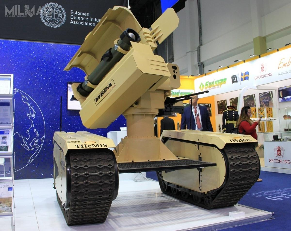 Najbardziej perspektywiczną platformą bezzałogową dla projektu MUGS jest ważący 250 kg THeMIS, zaprezentowany poraz pierwszy natargach Eurosatory 2016 wParyżu. Podczas targów IDEX 2019 wAbu Zabi zaprezentowano wariant bojowy  IMPACT (Integrated MMP Precision Attack Combat Turret), wyposażony wprzeciwpancerne pociski kierowane MBDA MMP / Zdjęcie: Milrem Robotics