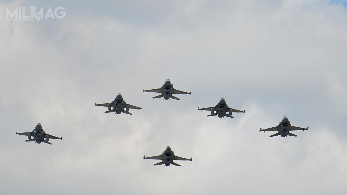 Zamówienie nadostawę części zamiennych itechnicznych środków materiałowych dosamolotów F-16C/D Block 52+ zostało podzielone na15 części. / Zdjęcie: MON