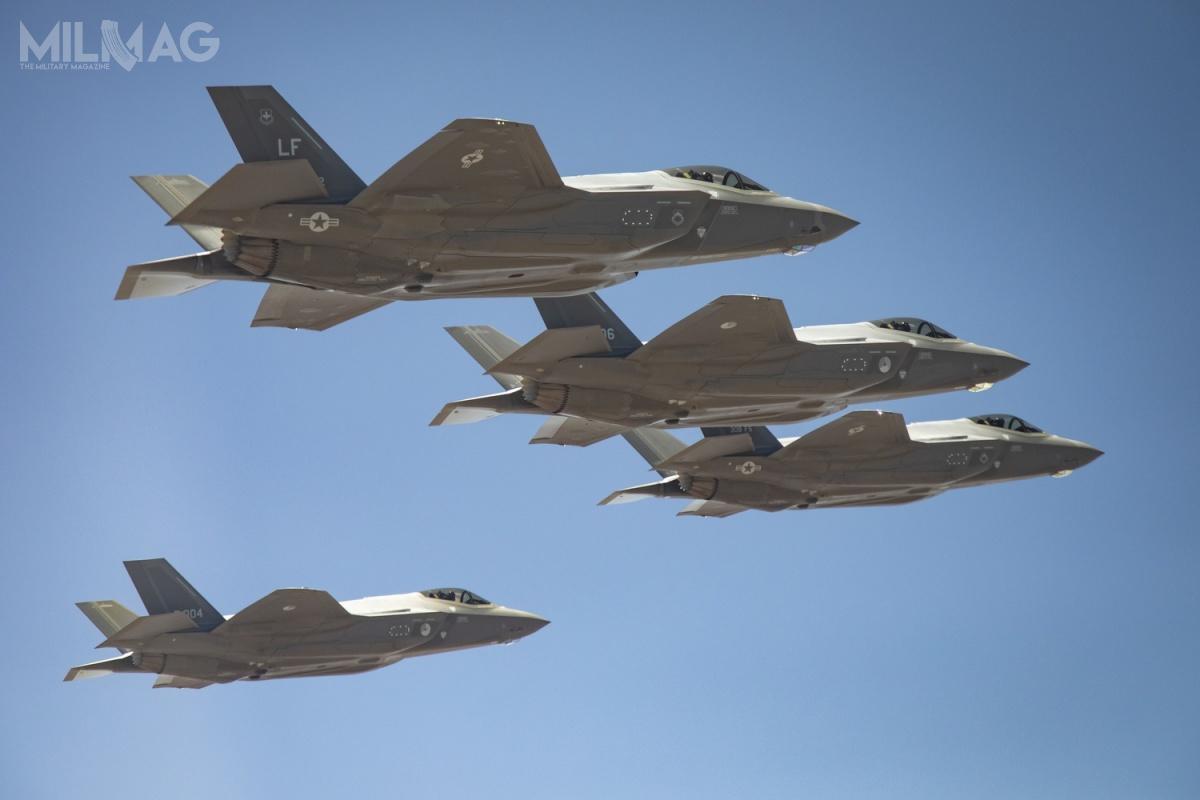 Wśród 400 zmontowanych dotąd egzemplarzy zrodziny F-35 znajduje się 10 państw, zktórychdwa wykorzystały je podczas działań bojowych. / Zdjęcie: Lockheed Martin