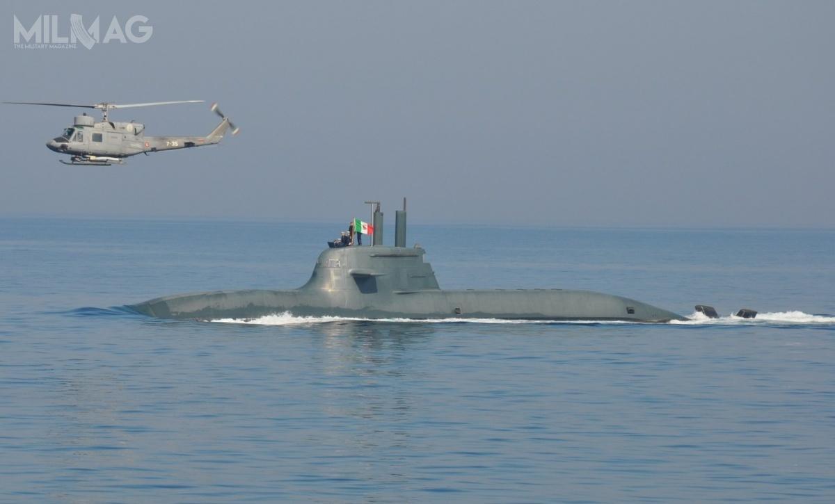 TKMS iFincantieri współpracują zesobą odlat 1990. wramach programu budowy dziesięciu konwencjonalnych okrętów podwodnych typu 212A/Todaro dla marynarek wojennych Niemiec iWłoch. Były topierwsze naświecie okręty podwodne znapędem opartym obaterie akumulatorowe isystem ogniw paliwowych / Zdjęcie: Marynarka Wojenna Włoch