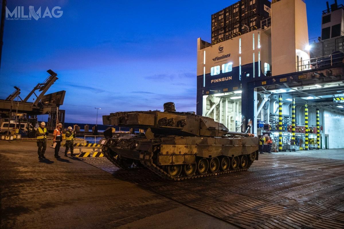 Leopardy 2A6NL pozostaną wsłużbie wojsk lądowych Finlandii do2035. Wcześniej Holendrzy próbowali bezskutecznie sprzedać czołgi doPeru iIndonezji