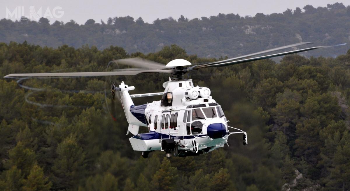 11-tonowy dwusilnikowy H225 Super Puma jest zdolny dotransportu 23 pasażerów