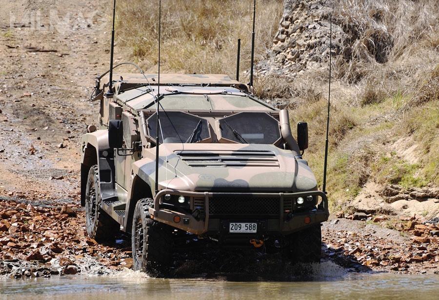 Australijskie biuro audytu ANAO poinformowało oproblemach zniezawodnością wozów Thales Hawkei PMV-L. Opóźnia totermin rozpoczęcia produkcji seryjnej tych pojazdów / Zdjęcia: Thales Australia