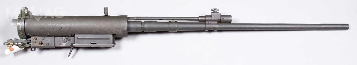 Bliższe analiza irańskiej broni ujawnia, żezaprezentowana konstrukcja torozwinięcie amerykańskiego karabinu M8C zpołowy lat 1950 mocowanego nadziale bezodrzutowym rodziny M40 isłużącego dowstępnego wstrzeliwywania się wcel / Zdjęcie: Armemuseum