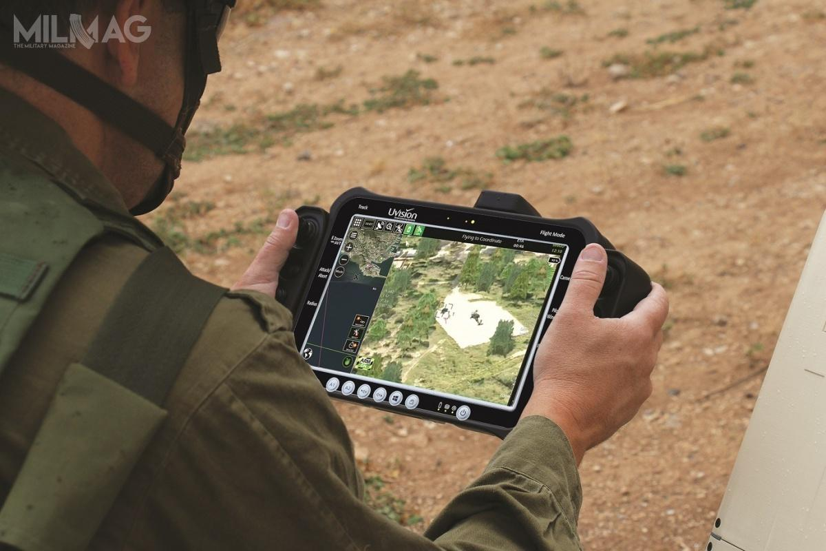 Hero-30_3: Kontrola amunicji krążącej odbywa się zapomocą panelu sterowniczego operatora (Hero OCU), wykorzystującego oprogramowanie Uvision Air / Zdjęcia: UVision Air