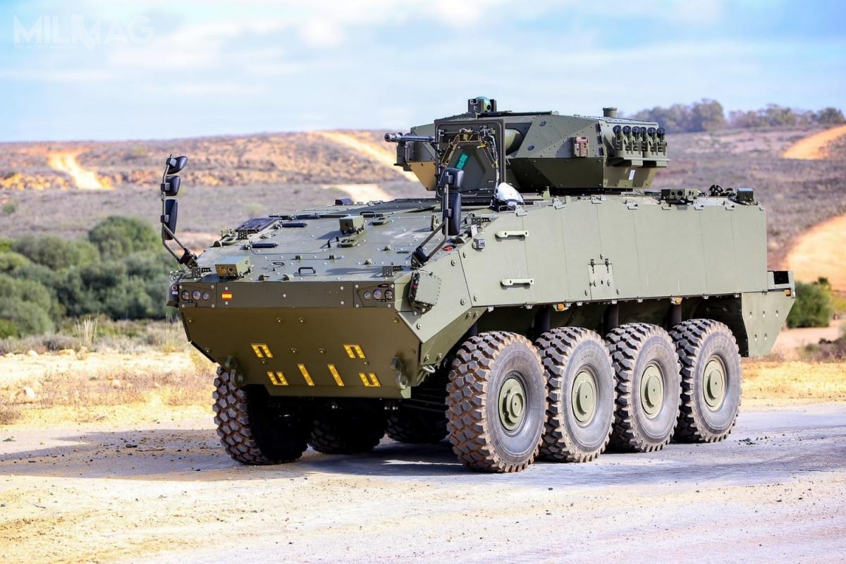 Całkowita liczba kołowych transporterów opancerzonych VCR Dragón 8x8, najakie istnieje zapotrzebowanie hiszpańskich wojsk lądowych to998 egzemplarzy w13 wersjach specjalistycznych. Według wcześniejszego harmonogramu, dostawy partii pierwszych 348 znich miały zakończyć się do2022. / Zdjęcie: Ministerstwo Obrony Hiszpanii