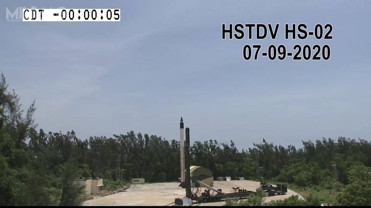 Demonstrator pocisku hipersonicznego HSTDV onapędzie strumieniowym został umieszczony jako ładunek rakietowego pocisku balistycznego Agni-I