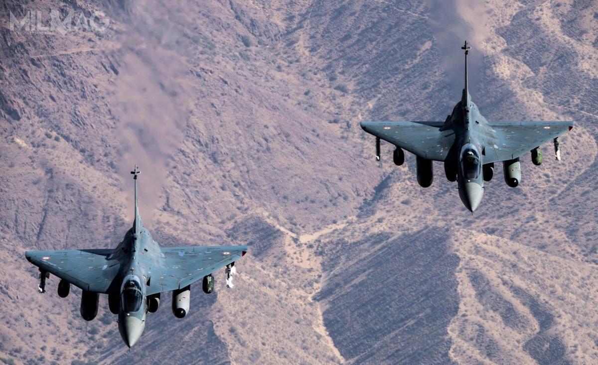 W dobie pandemii COVID-19, Indie planują rezygnację zwartego nawet 15 mld USD przetargu nazakup 114 samolotów bojowych zzagranicy narzecz zakupu 83 rodzimych samolotów zarównowartość około 6mld USD / Zdjęcie: Bhartiya Vāyu Senā