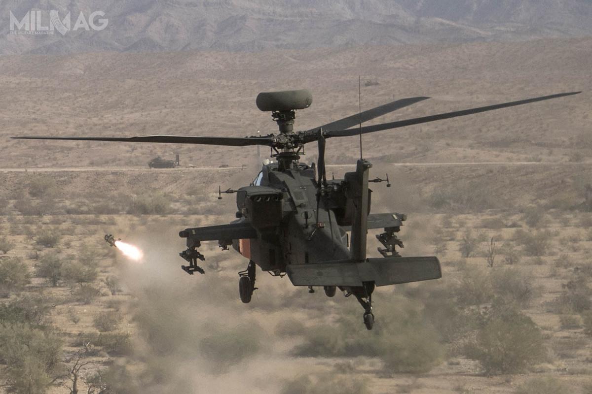 Pierwsze próby JAGM miały miejsce wlutym 2014. Podczas kolejnych ześmigłowców AH-64 ostrzeliwano małe łodzie, zdalnie sterowane czołgi T-72 isamochody ciężarowe / Zdjęcie: US Army