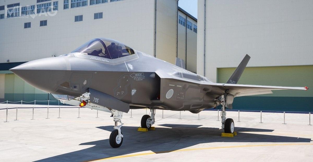 Japonia zamówiła łącznie 147 samolotów 5. generacji, wtym 105 konwencjonalnych F-35A oraz42 krótkiego startu ipionowego lądowania F-35B. Pierwszy F-35A zmontowany wJaponii zaprezentowano 5czerwca 2017 / Zdjęcie: Lockheed Martin