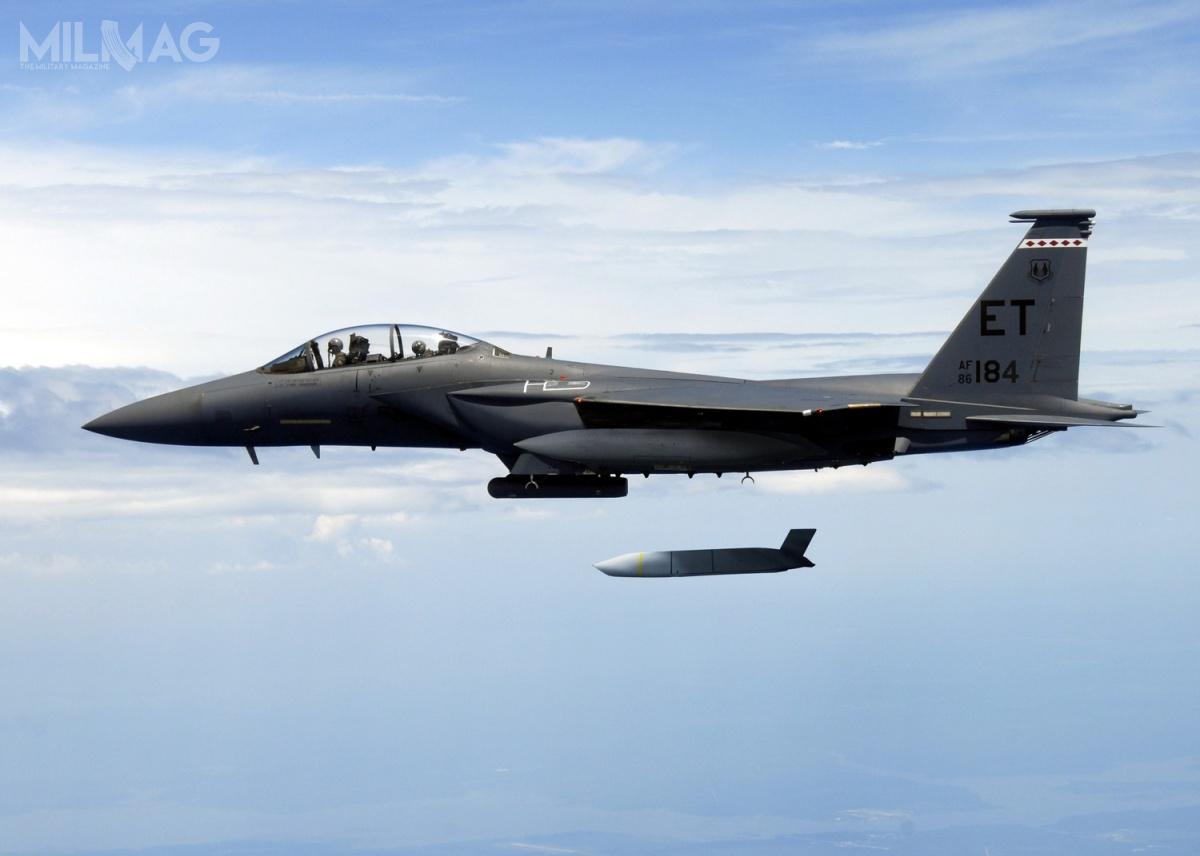 W sierpniu 2016 Lockheed Marti dostarczył USAF jubileuszowy 2000. pocisk zrodziny JASSM. /Zdjęcie: Lockheed Martin