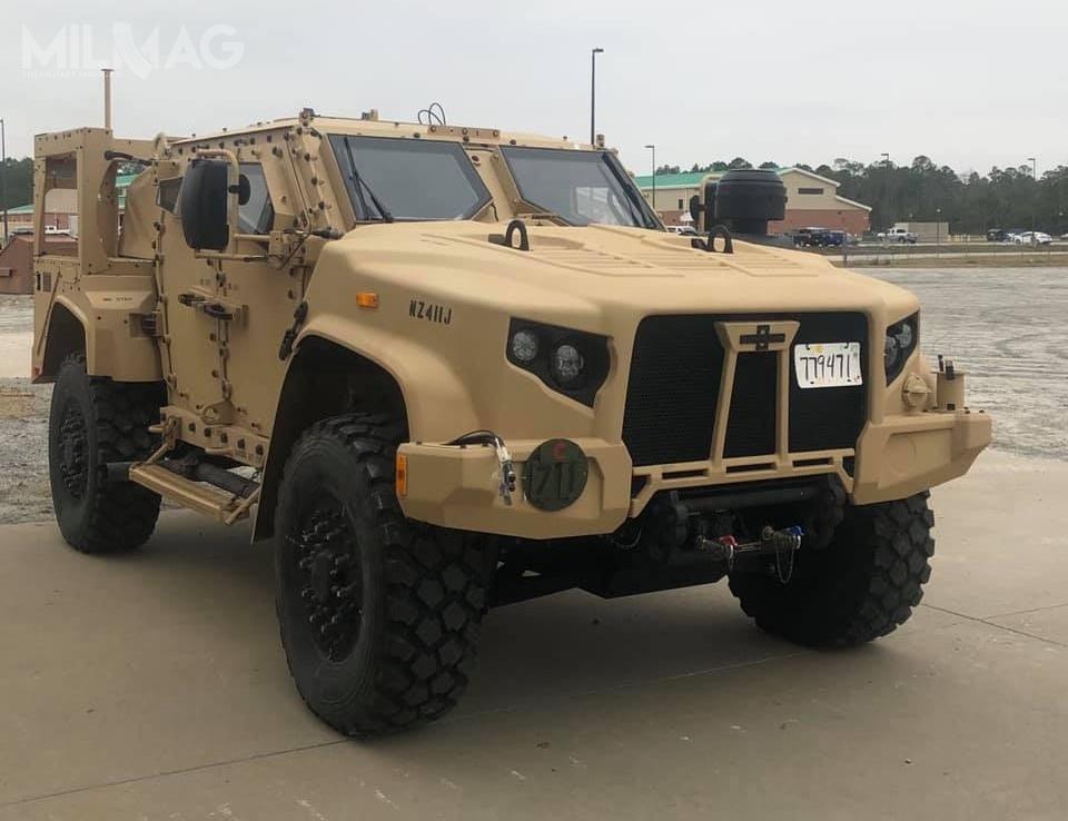 L-ATV został wybrany wprogramie wspólnego lekkiego pojazdu taktycznego JLTV (Joint Light Tactical Vehicle) jako uzupełnienie, awdalszej kolejności następcę pojazdów zrodziny HMMWV / Zdjęcia: US Army