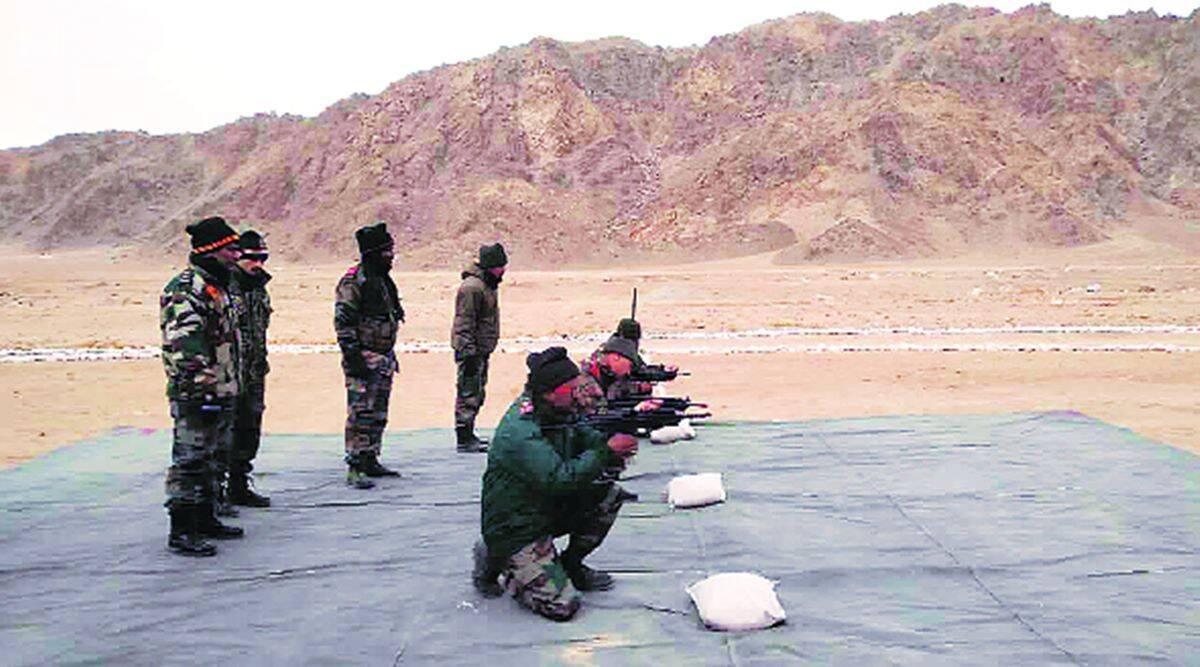 Po ponad dekadzie zakończyły się badania indyjskiego 5,56-mm pistoletu maszynowego JVPC. Zamyka toformalnie 15-letni okres poszukiwań następcy używanych obecnie modeli 1A i2A1. / Zdjęcie: ARDE/DRDO
