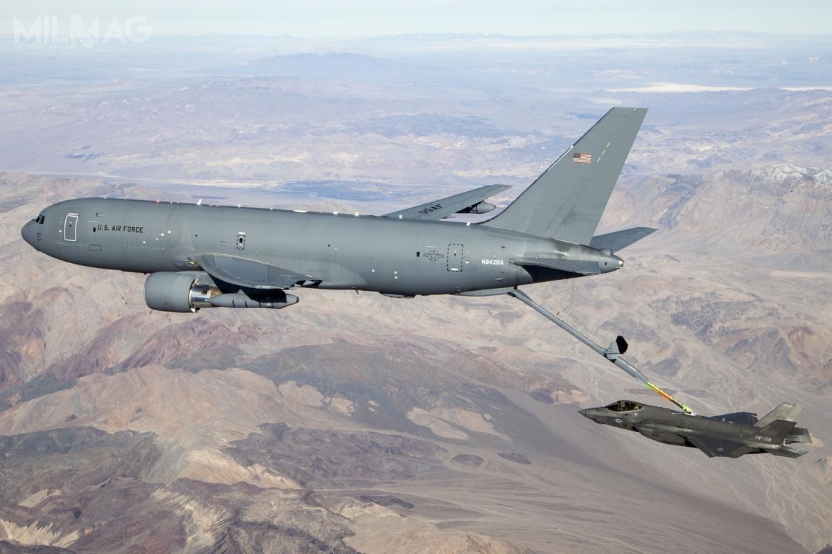 Pierwsze powietrzne tankowce KC-46A Pegasus zostały przekazane zopóźnieniem USAF wstyczniu 2019. Łączne, planowane zamówienie tych samolotów wynosi 179 egzemplarzy. Inne zainteresowane zakupem tych samolotów państwa toIndie, Indonezja, Kanada, Katar iNorwegia. /Zdjęcie: USAF