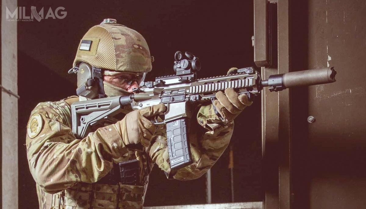 Bundeswehra chce wlatach 2021-2029 zamówić 118 718 karabinków automatycznych, które zastąpić G36. Wpostępowaniu wygrało przedsiębiorstwo C.G. Haenel zmodelem MK556 Gen 2. Wpobitym polu znalazł się wieloletni dostawca broni strzeleckiej dla Bundeswehry – Heckler & Koch oferujące karabinki HK416 iHK433. / Zdjęcie: C.G. Haenel