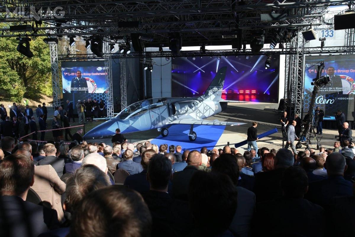 Prototyp L-39NG został zaprezentowany m.in.delegacjom obecnych użytkowników samolotów L-39 Albatros / Zdjęcia: AERO Vodochody AEROSPACE