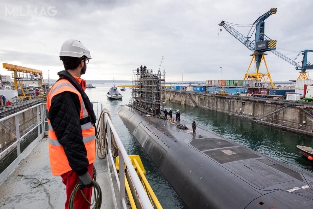 Pociski balistyczne M51 zostały rozmieszczone naokręcie podwodnym Le Terrible (S619) w2010, naLe Vigilant (S618) w2012, aLe Triomphant (S616) w2015. /Zdjęcie: Marine Nationale