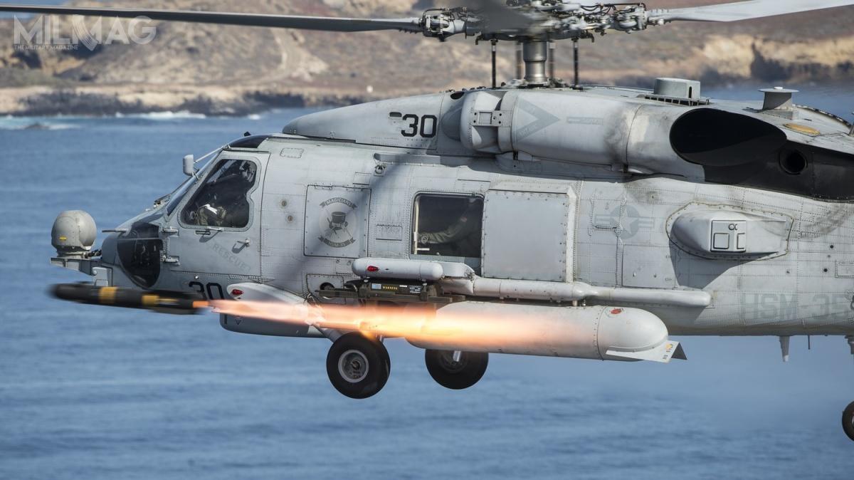 Osiem MH-60R Seahawk dla Meksyku może zostać uzbrojonych m.in.wprzeciwpancerne pociski kierowane AGM-114 Hellfire / Zdjęcie:  Arthurgwain L. Marquez, US Navy Combat Camera