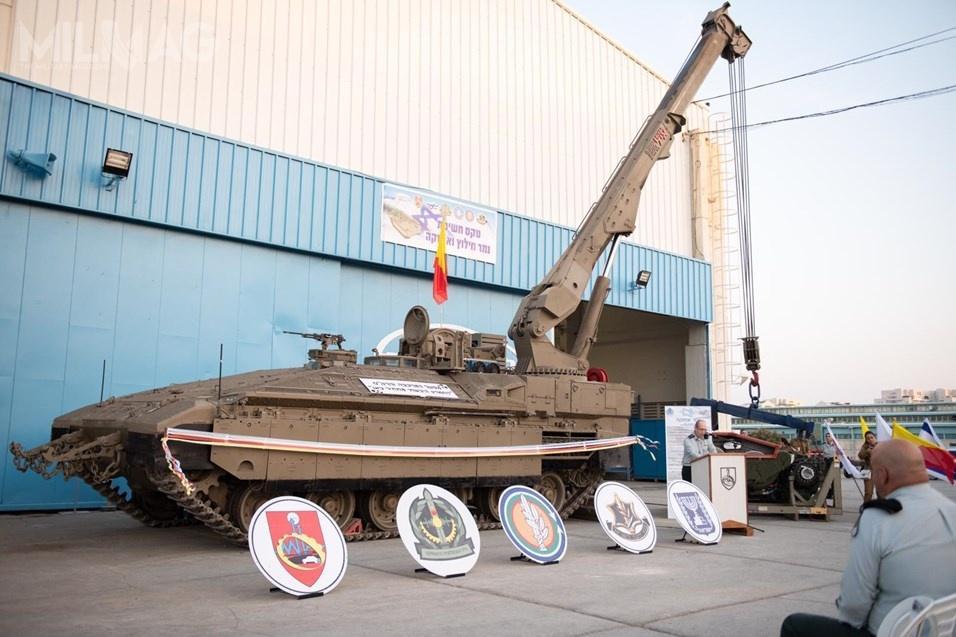 Wóz ewakuacji iratownictwa technicznego Namer wyposażono wżuraw, aktywny system ochrony iuzbrojenie małokalibrowe