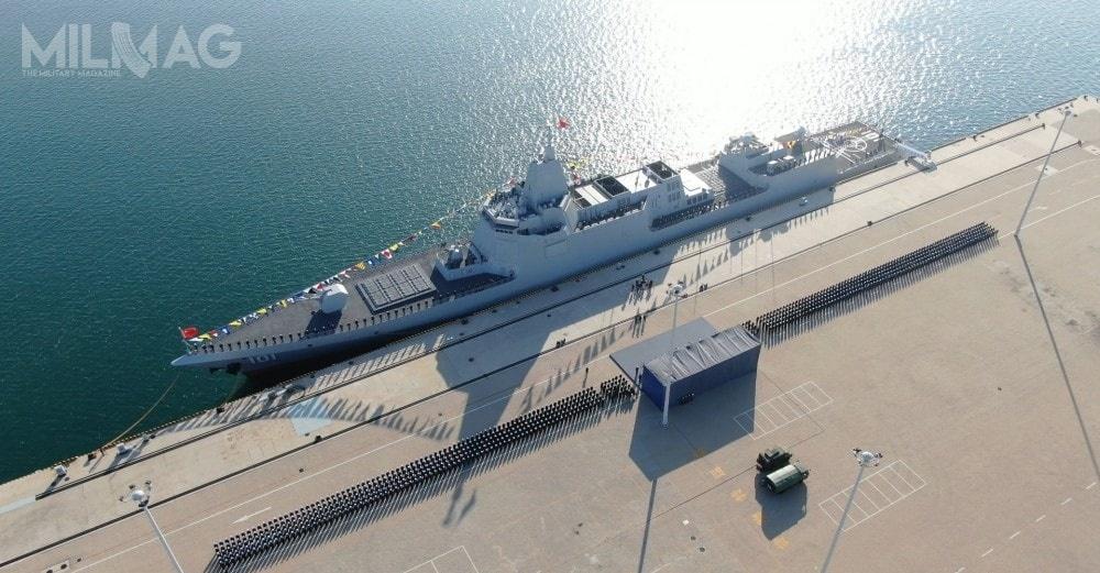 Uzbrojenie topojedyncza 130-mm morska armata automatyczna H/PJ38, dwa 30-mm zestawy obrony bezpośredniej typu 1130 (H/PJ-11), dwa 25-mm działka automatyczne, 24 wyrzutnie rakiet przeciwlotniczych bliskiego zasięgu FL-3000N oraz112 pionowych wyrzutni rakiet / Zdjęcia: Ministerstwo Obrony Chińskiej Republiki Ludowe