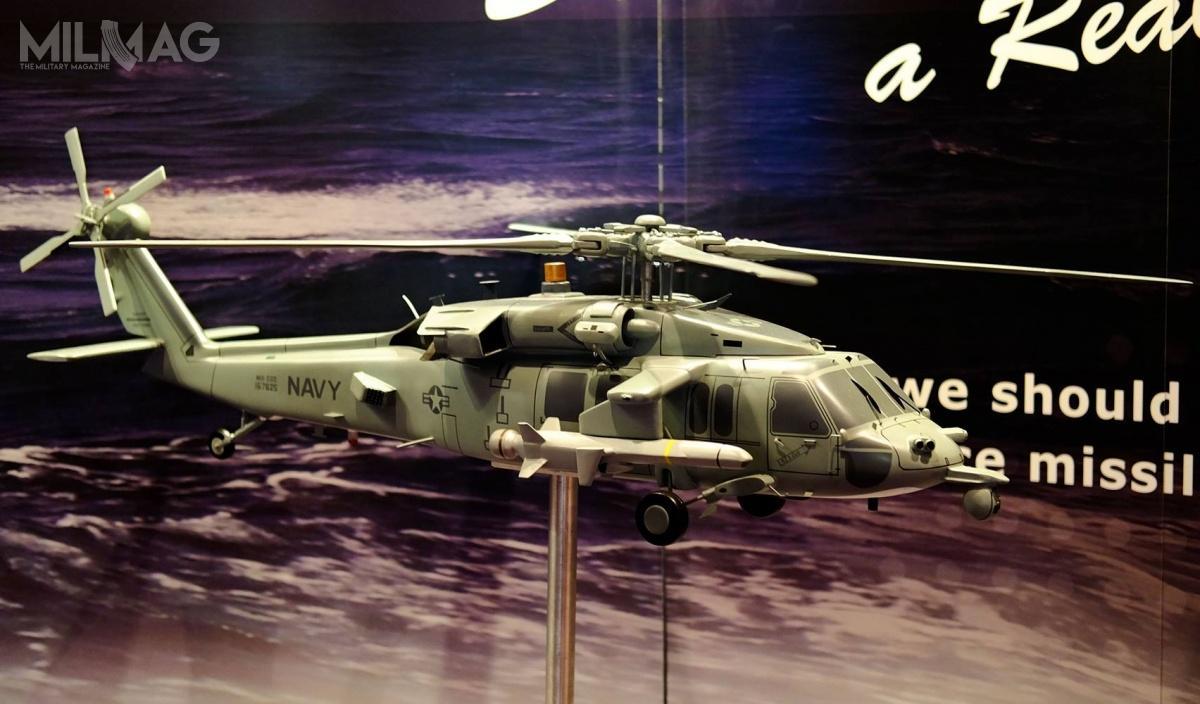Makieta MH-60R zpociskami NSM została zaprezentowana poraz pierwszy wmaju 2016. / Zdjęcie: Naval Helicopter Association
