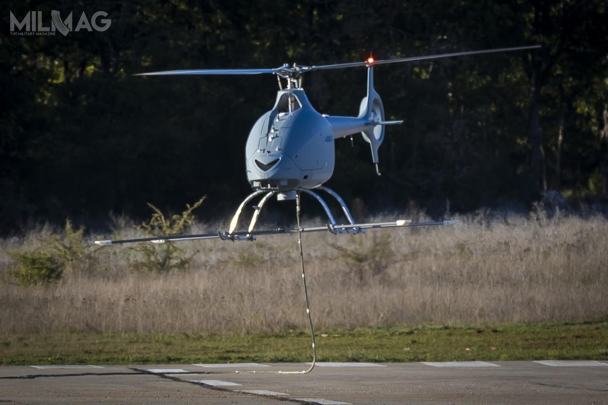 VSR700 jest rozwijany wramach programu SDAM (Systeme de Drones Aériens de la Marine) nazlecenie francuskiej marynarki wojennej (Marine Nationale) woparciu olekki, dwuosobowy śmigłowiec Hélicoptères Guimbal Cabri G2
