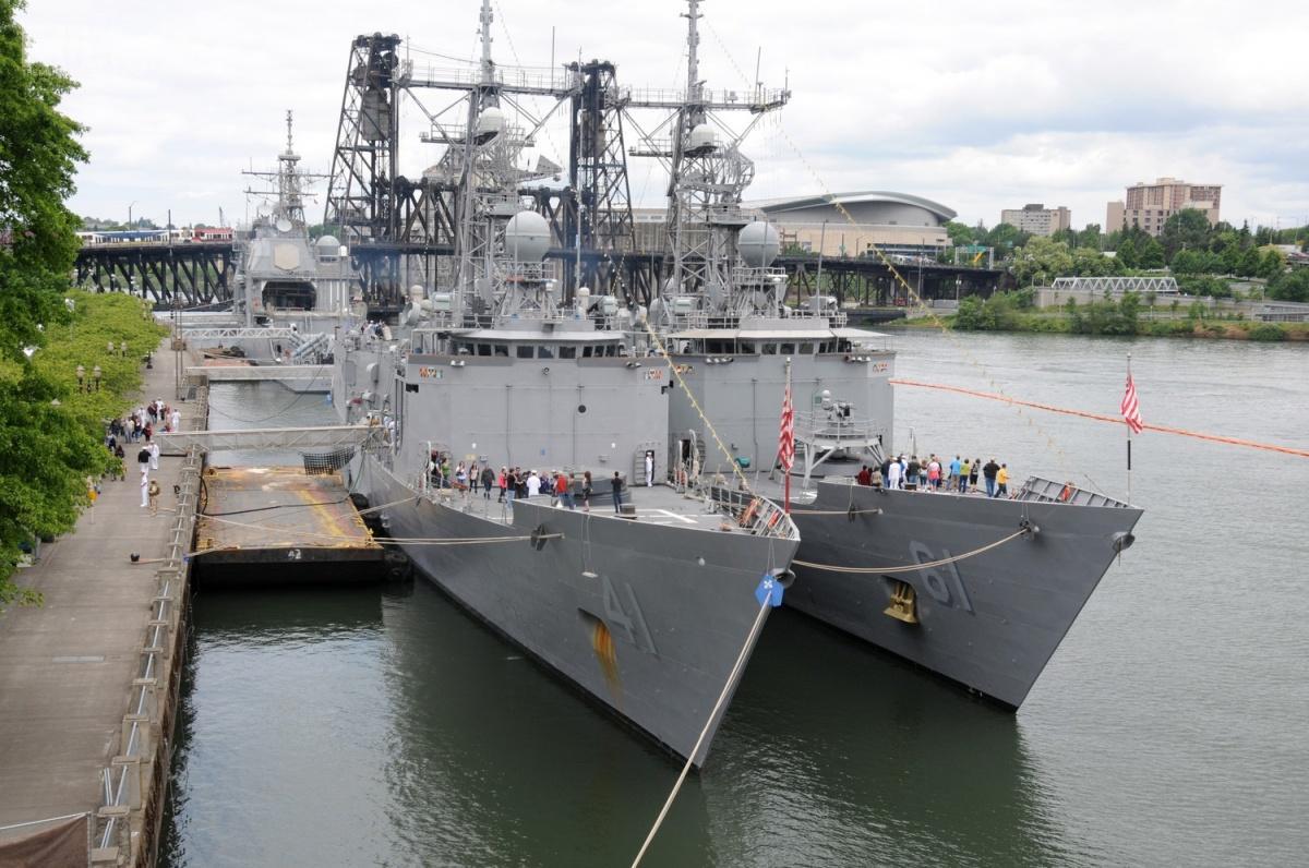 W latach 1977-2015 Marynarka Wojenna USA operowała łącznie 51 jednostkami typu Oliver Hazard Perry, zbudowanymi wlatach 1975-1989. /Zdjęcie: US Navy