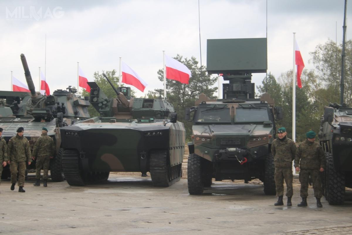 W ramach PMT 2021-2035 planuje się m.in.zakup pływających bojowych wozów piechoty Borsuk wkilku wariantach specjalistycznych, które zastąpią mocno przestarzałe pojazdy BWP-1 iBWR-1