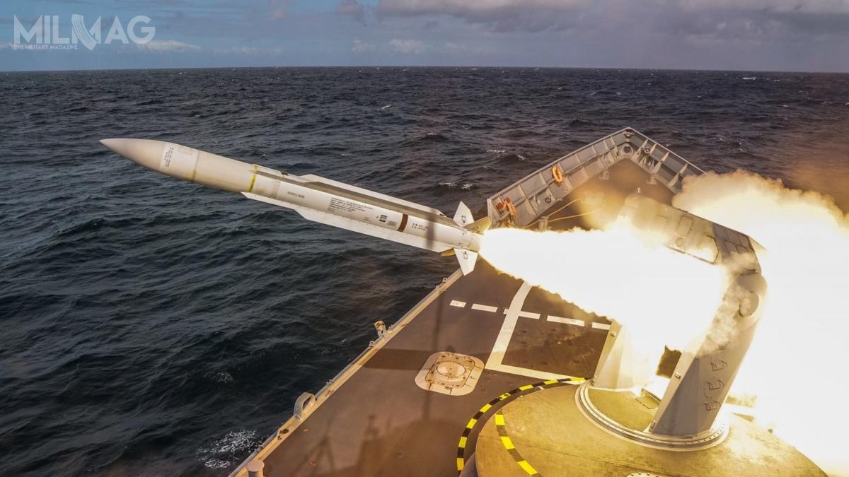 Podczas ćwiczeń wystrzelono dwa pociski rakietowe SM-1MR doimitatorów celów powietrznych Banshee Whirlwind / Zdjęcia: Piotr Leoniak, 3. Flotylla Okrętów