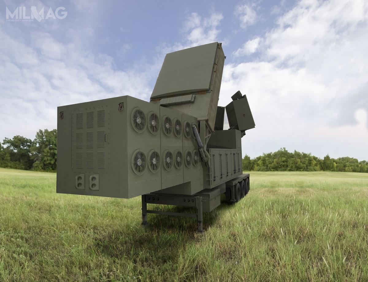 Raytheon poinformował opierwszej umowie nastacje radiolokacyjne rozwijane wramach programu LTAMDS. Kontrakt ma wartość 384 mln USD (1,48 mld USD) iobejmuje dostawy sześciu radarów serii prototypowej. Stacje radiolokacyjne kierowania ogniem LTAMDS zastąpią AN/MPQ-65 nietylkonawyposażeniu US Army. Wojsko Polskie zamierza zamówić je wramach drugiego etapu programu Wisła. Program LTAMDS jest realizowany od2014, aleodtamtego czasu dwukrotnie zmieniono wymagania taktyczno-techniczne / Grafika: Raytheon