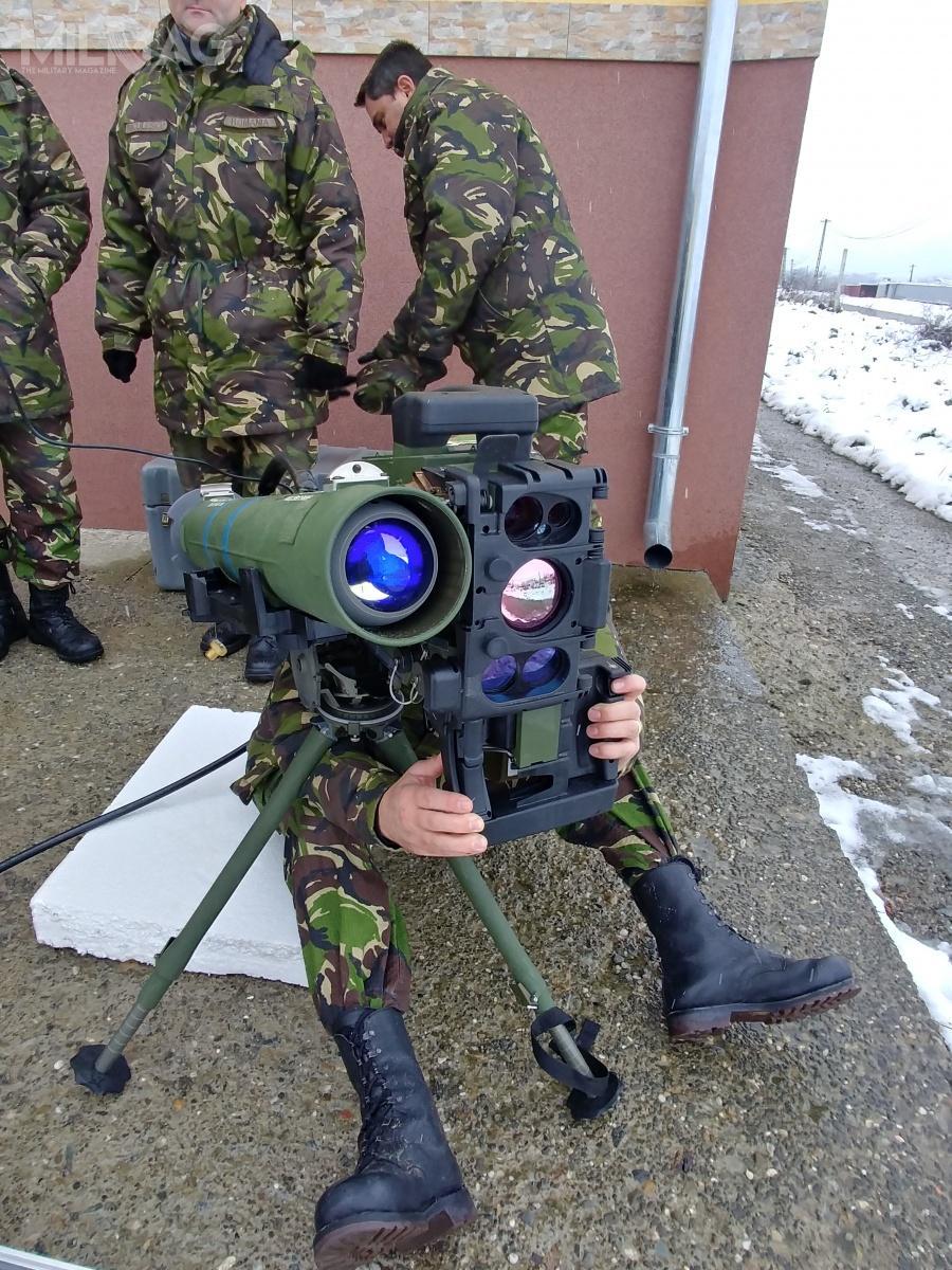 Obecna transza pocisków ma być pozyskana wlatach 2017-2019. Posłużą one douzbrojenia jednostek piechoty, formacji rozpoznawczych, górskich ioddziałów artylerii. /Zdjęcia: Rafael
