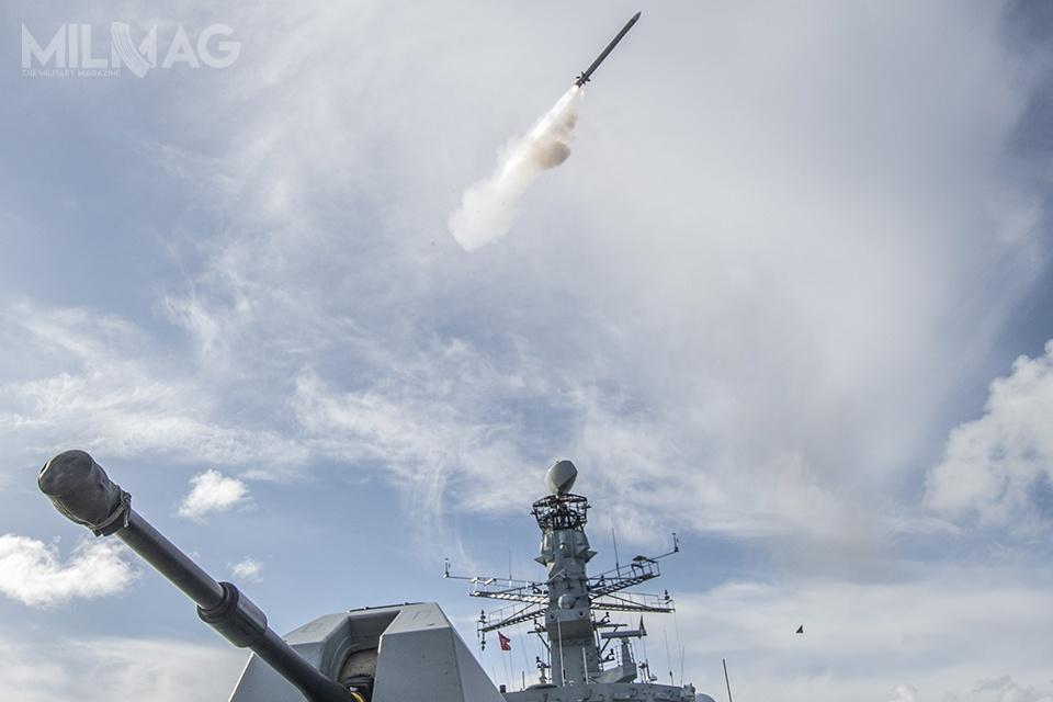 Testy nowych pocisków odbywały się napokładzie fregaty rakietowej HMS Argyll wdrugim półroczu 2017 / Zdjęcia: MO Wielkiej Brytanii