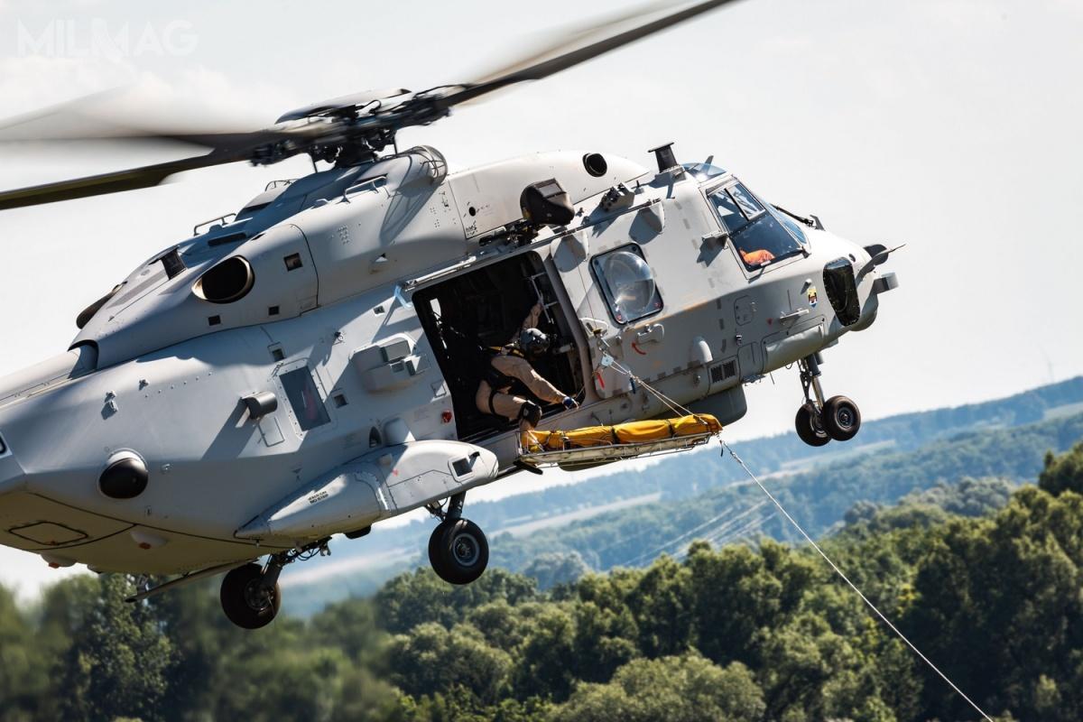 NH90 Sea  Lion zastąpią wDeutsche Marine dwadzieścia dwa około 40-letnie śmigłowce Westland WS-61 Sea King (Mk.41) wmisjach poszukiwawczo-ratowniczych (SAR) izaopatrywania okrętów (VERTREP), którychgotowość operacyjne jest stosunkowo niska. Pierwotnie planowano, żewejście dosłużby nastąpi wdrugim kwartale 2019. / Zdjęcie: Airbus Defence and Space
