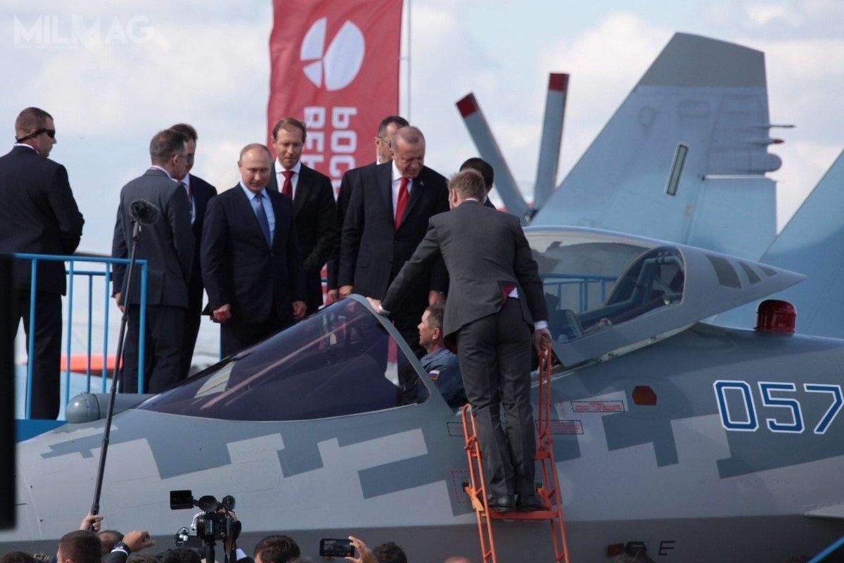 Algieria może stać się pierwszym eksportowym użytkownikiem rosyjskich samolotów wielozadaniowych Su-57 ipierwszym państwem afrykańskim, które wprowadzi nauzbrojenie samoloty 5. generacji / Zdjęcie: Zjednoczona Korporacja Lotnicza (OAK)