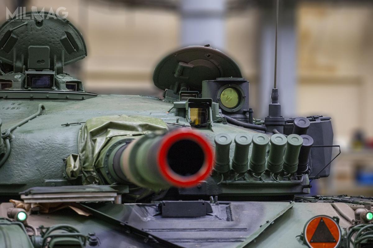 Modernizowane są czołgi wwersji T-72M1 (wtym dowódczych T-72M1D), aleniewykluczone, żeprace obejmą także starsze, zmagazynowane T-72M (określane także jako T-72A) / Zdjęcia: ZM Bumar-Łabędy